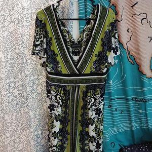 Jones New York Size 14 Floral V-neck Midi Dress